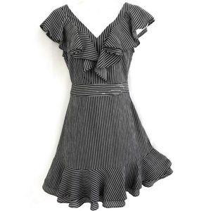 J.O.A. Dress Stripes Ruffle White Black XS